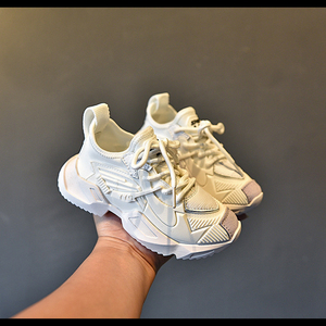 Image 2 - Zapatillas de deporte casuales para niños, zapatos de malla para niñas pequeñas, deportivas gruesas de marca, color negro, novedad de otoño
