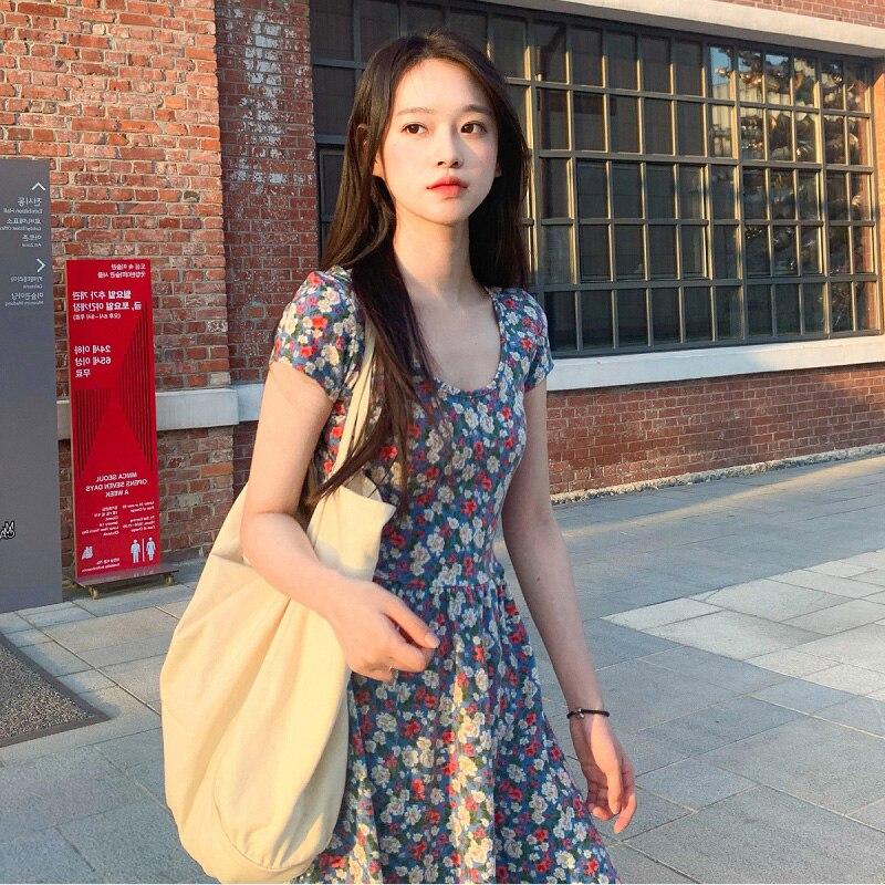 Женское Короткое платье во французском ретро-стиле, летнее платье с маленькой надписью First Love, маленькое платье с цветами-маргаритками, 2021