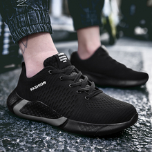 2020 Spring New Men Shoes Fashion Lightweight Men
