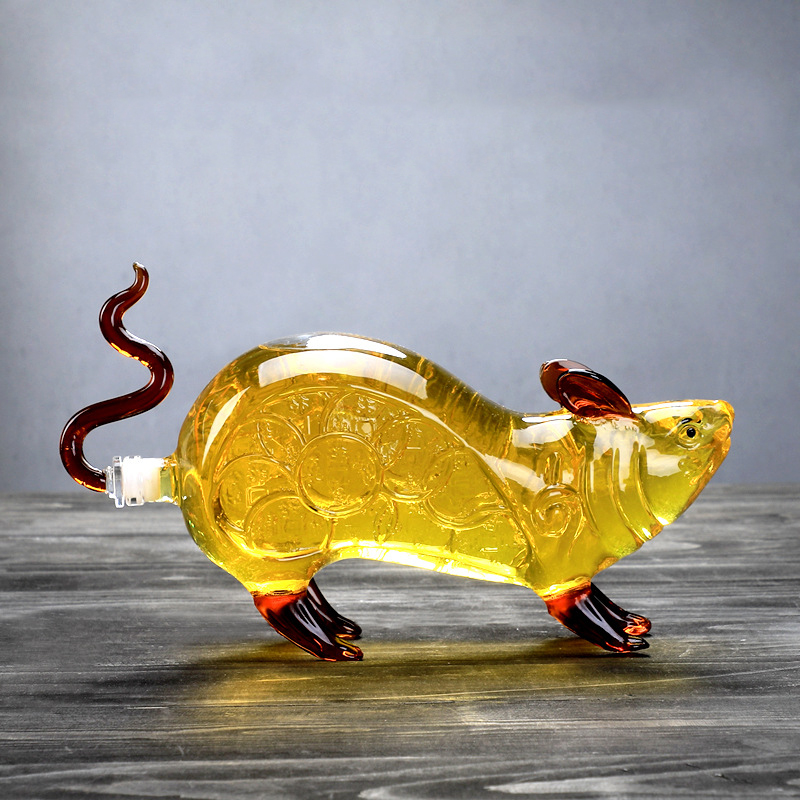 1000ml luxury home party animal mouse shaped whiskey decanter Wine decanter for Liquor Scotch Bourbon