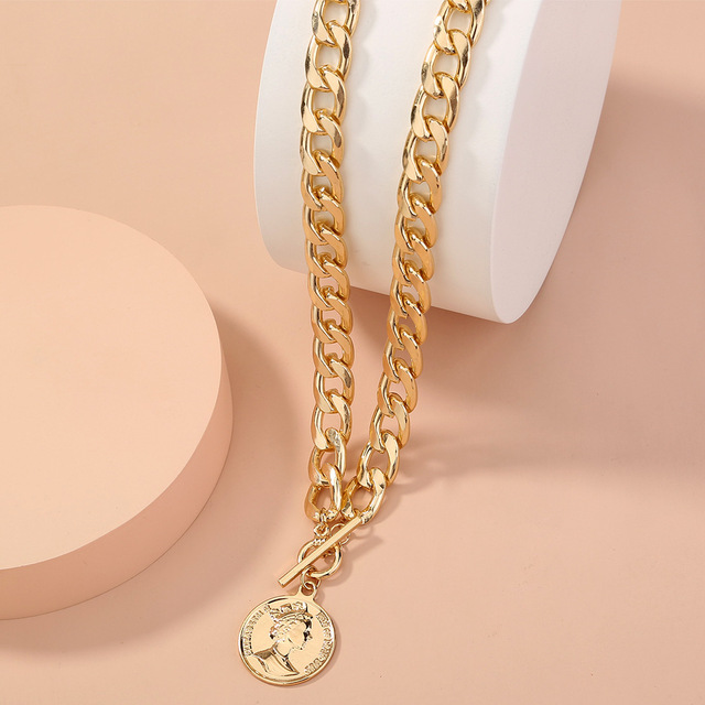 Thick and pretty chain necklace with coin pendant 4