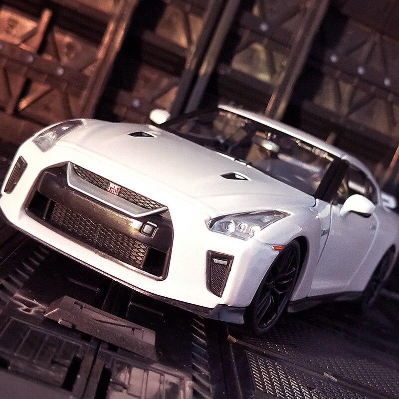 Bburago 1:24 2017 Nissan GTR спортивный автомобиль моделирование сплав модель автомобиля украшение коллекционные подарки игрушка|Игрушечный транспорт|   | АлиЭкспресс