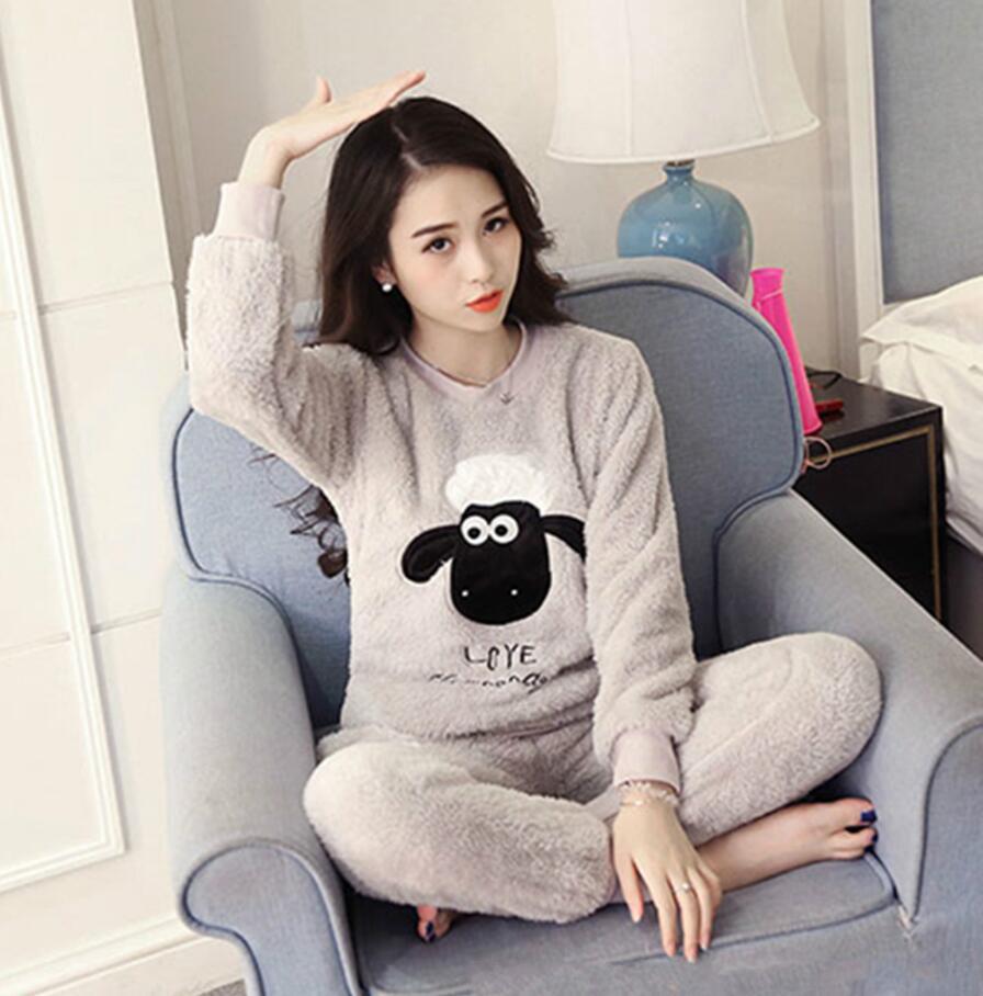 Long Sleeve Cartoon Sleepwear 2 Pcs/Set Plus Size Pajamas Set Girl Autumn Winter Warm Flannel Pyjamas Women Sets Women Homewear