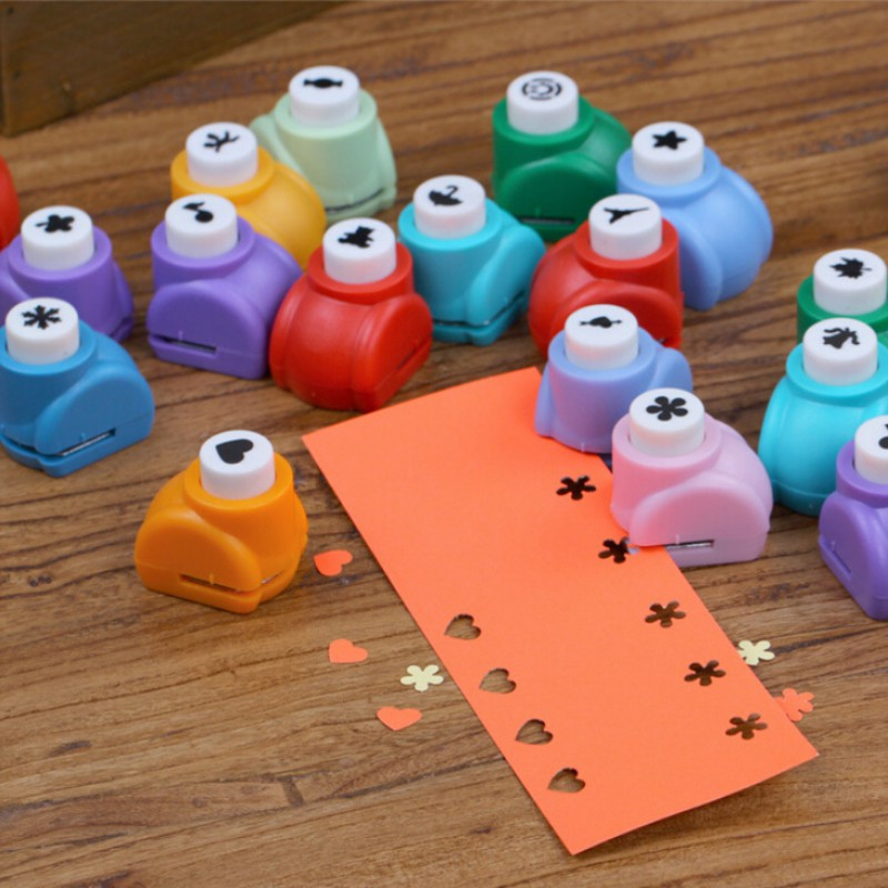 DIY Flower Pattern Embossing Device Scrapbook Cards Making Star Kid Craft Mini Hole Punches Cutter Toy Random Color 1PC