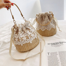 Straw Lace Handbags 2021 Summer Flower Small Tote Women's Shoulder Bag Messenger Cross Body Bags Beach Lace Knitted Straw Gift