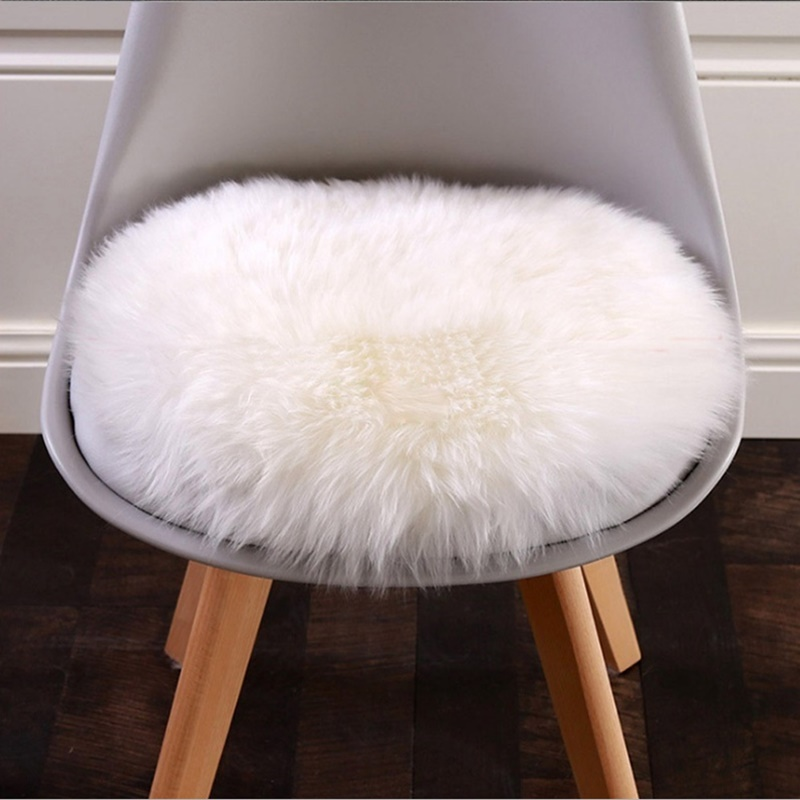 30cm * 30cm Soft Small Artificial Sheepskin Carpet Chair Cover Bedroom Christmas Mat Artificial Wool Warm Carpet Seat Fur Carpet