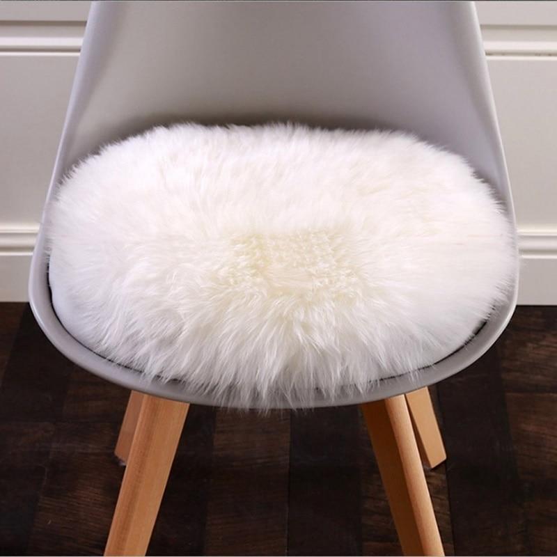 30cm * 30cm Soft Small Artificial Sheepskin Carpet Chair Cover Bedroom Christmas Mat Artificial Wool Warm Carpet Seat Fur Carpet