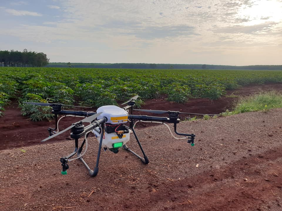 10L Quadcopter Drone-Agriculture Sprayer Drone