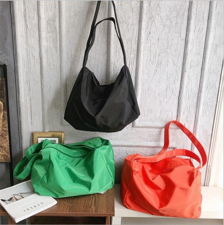 Image 4 - Ins 조수 숄더 가방 여성 새로운 유럽과 미국의 패션 솔리드 컬러 메신저 가방 대용량 간단한 휴대용 맞추기-에서헬스가방부터 스포츠 & 엔터테인먼트 의