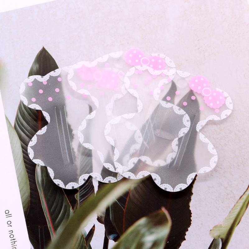 100pcs/lot Cute Bear Shape Plastic Cards 7x7cm Transparent Plastic Print Pink Bow Knot Hairpin Cards Jewelry Display Cards Tags