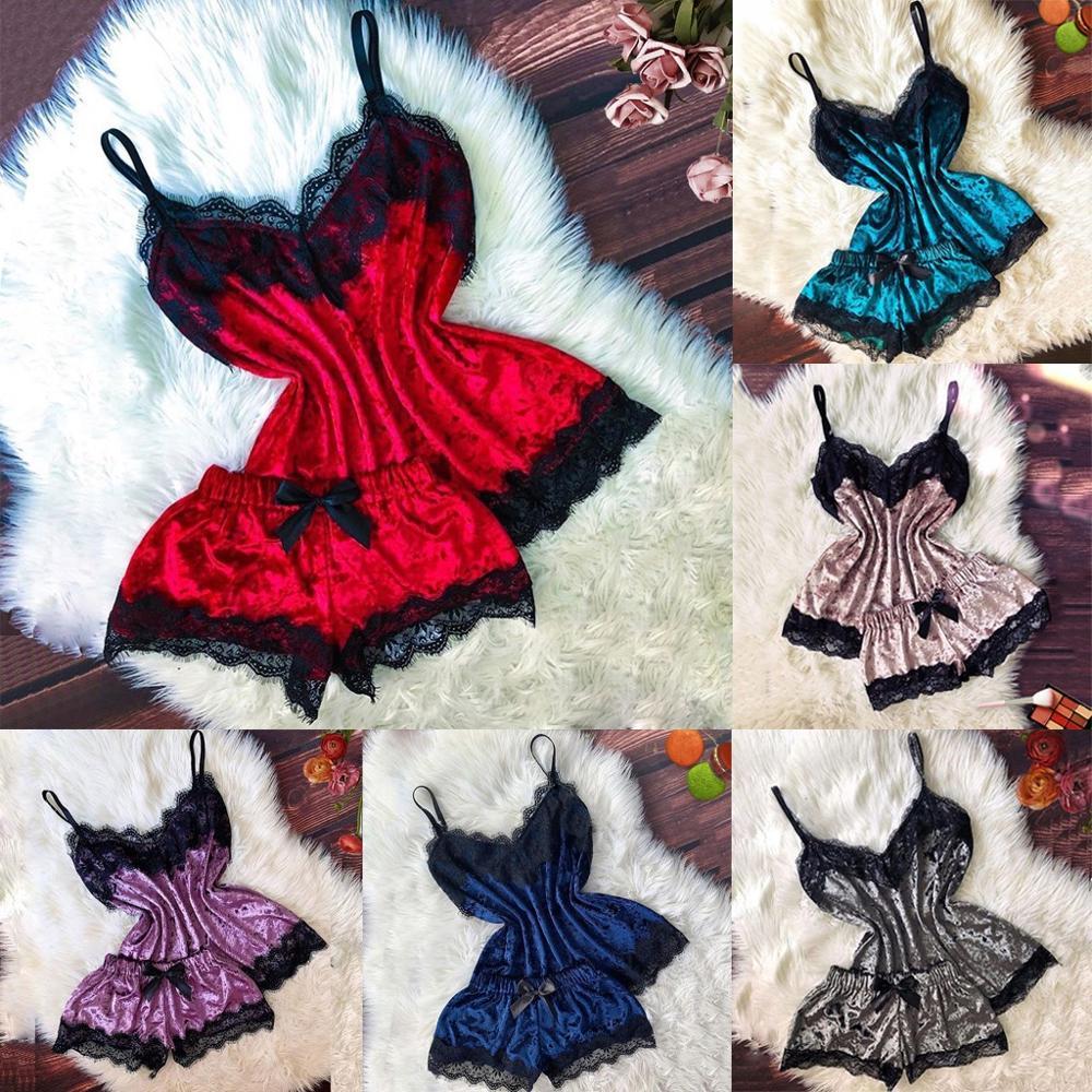Women's Sleepwear Sexy Satin Set Black Lace V-Neck Pyjamas Sleeveless Cute Cami Top and Shorts pijama mujer algodon veran