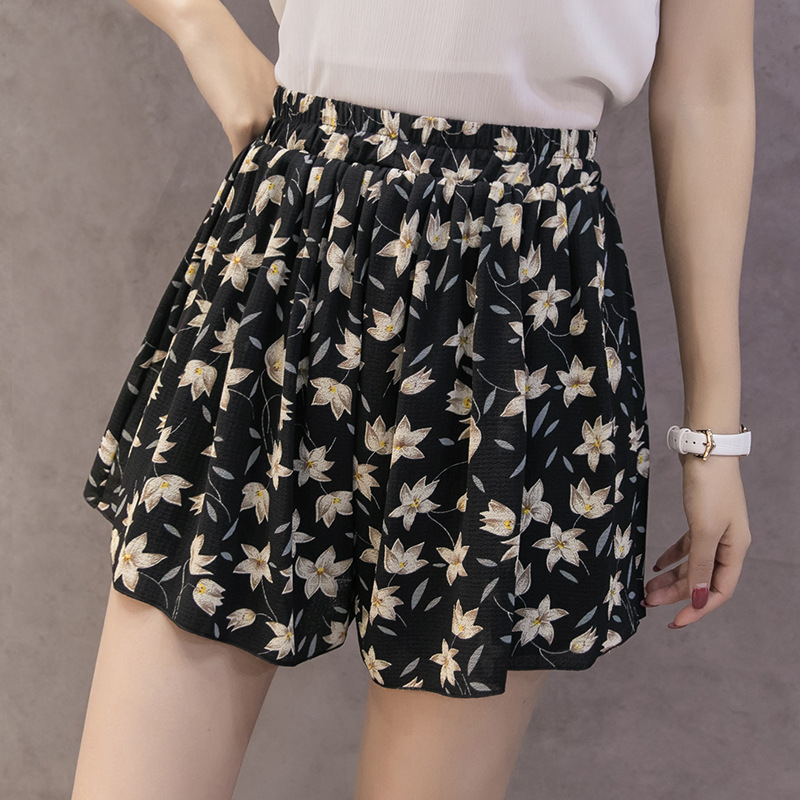 Spring Summer Shorts Women Classic Vintage White Black High Waist Shorts Plus Size Harajuku Korean Style Sweet Ladies Shorts