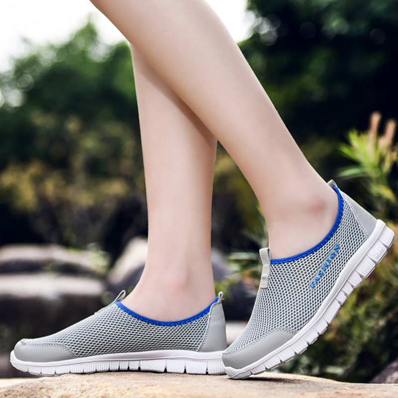 Casual woman sneakers Running shoes Air mesh Breathable Slip on Female sport shoes Light weight Nonslip Large size 42-48