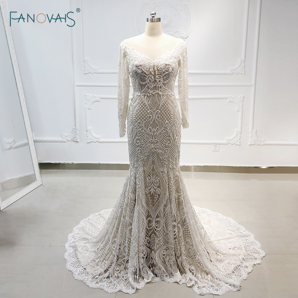 Champagne Mermaid Wedding Dresses 2019 Scoop Long Sleeve Wedding Gown Applique Beaded Lace Bridal Gown Robe de Mariee Vestidos