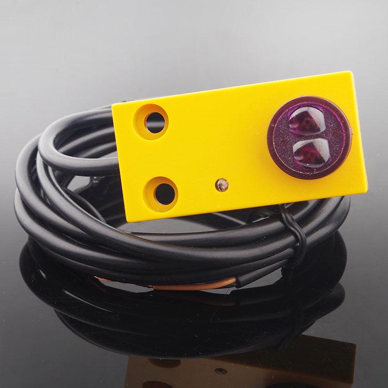 E3F-DS30F1 di induzione a infrarossi interruttore fotoelettrico/sensore a riflessione diretta NPN Normalmente Aperto tre linee