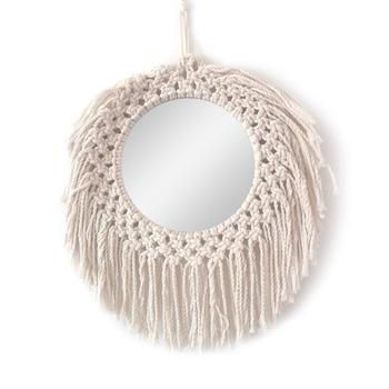 Ce miroir ethniquenordique chic original peut se placer à de nombreux endroits dans votre maison, il se marie à merveille avec de nombreuses décorations. chic