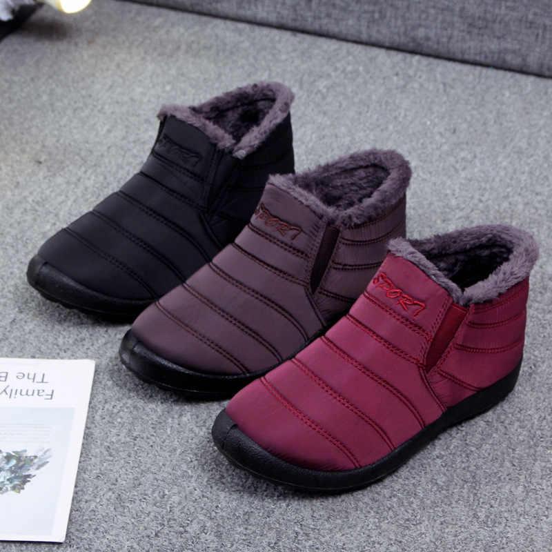 Botas à prova dwaterproof água sapatos femininos para botas de neve mulher grosso quente mãe sapatos antiderrapantes sola macia sapatos avó