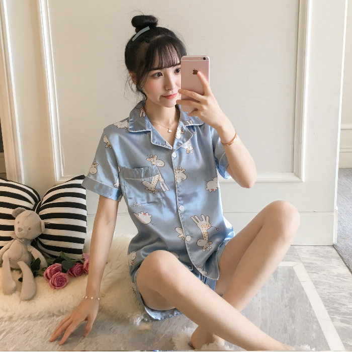 Pajamas Women's Summer Short-sleeved Fold-down Collar Cardigan Shorts Cartoon Hipster Imitated Silk Fabric Students Homewear Set