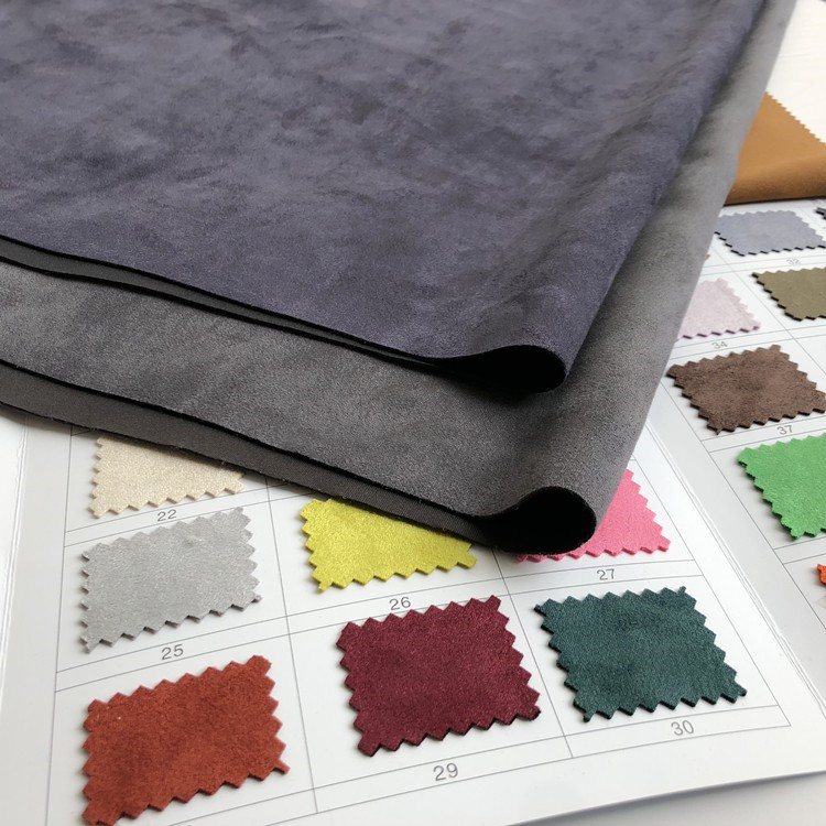 Material grosso cinza escuro da forma da tela do estiramento do velo da galinha da camurça do falso da tela da camada de ar da camurça de 150cm * 100cm