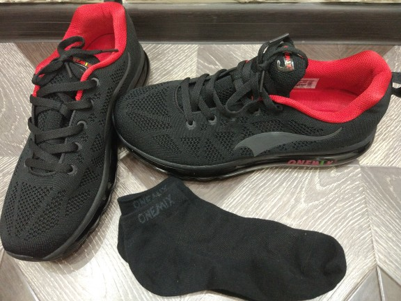 -- Sapatos Corrida Onemix