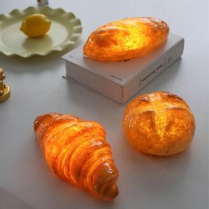 Image 2 - Handgemaakte Brood Nachtlampje Creatieve Eettafel Slaapkamer Home Decoratieve Simulatie Led Brood Lamp Valentijnsdag Gift