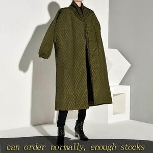 Image 1 - LANMREM PLaided bawełny wyściełane nowy zielony kolor płaszcz z długim rękawem luźny krój kobiety parki moda fala nowa jesienna zima 2020