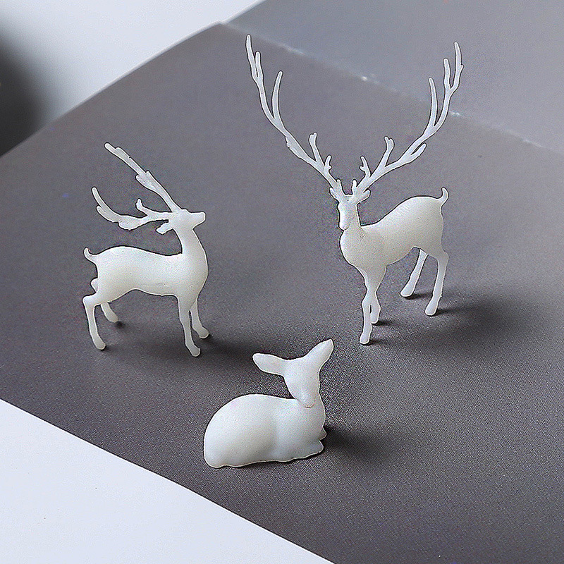 3D Deer Resin Inclusion Miniature Animal Embellishment Resin Jewelry DIY Resin Terrarium Fairy Garden Making Resin Art Supplies