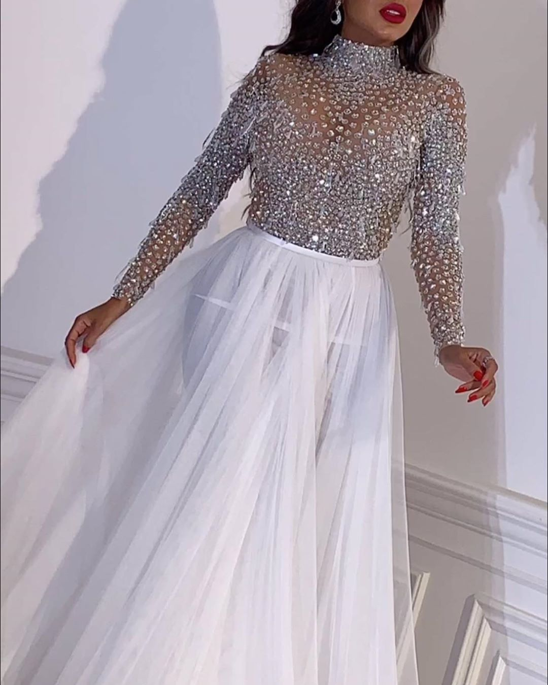 Luxury Sparkly Dubai Long Sleeve Prom Dress High Neck Sequined Crystal Beaded Formal Evening Dresses Plus Size Party Gala Gowns