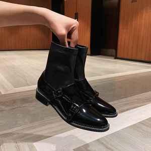 Image 5 - Krazing pot 2019 skóra bydlęca okrągłe toe niskie obcasy Chelsea boots slip on runway klamra dekoracji ręcznie rozciągliwe buty l58