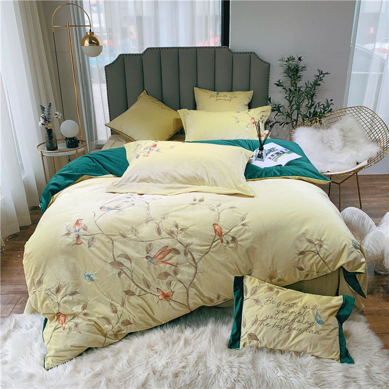 Luxury Lustre Velvet Flower Bird Bedding Set Warm Fleece Embroidery Duvet Cover Bed Sheet Pillowcases Queen King Size 4/6/7Pcs