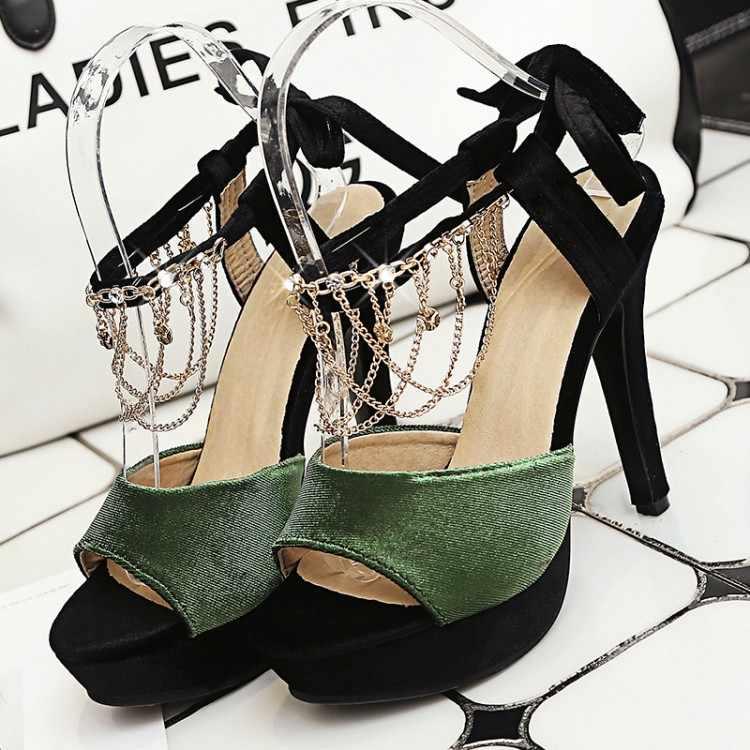 Size Lớn 9 10 11 12 Nữ Mùa Hè Nền Tảng Giày Nữ Giày Nữ Người Phụ Nữ Tán Đinh Nước Mũi Khoan Sau Khi Ban Nhạc Cùng Với mỏng Ngón Chân Dày Dặn