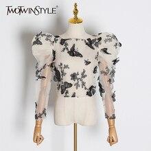 TWOTWINSTYLE Blusa con manga abombada para mujer, camisa de malla con bordado de mariposa, cuello redondo, perspectiva, tendencia 2020