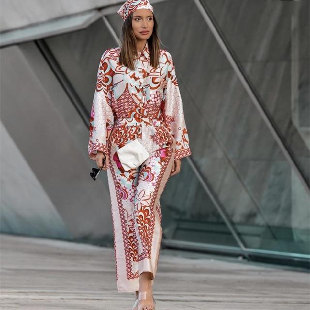 Элегантные женские костюмы в народном стиле 1