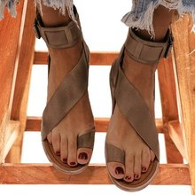Sandalias planas de verano para mujer, calzado informal, sandalias planas de PU a la moda con punta abierta para mujer, zapato femenino D059Sandalias de mujer