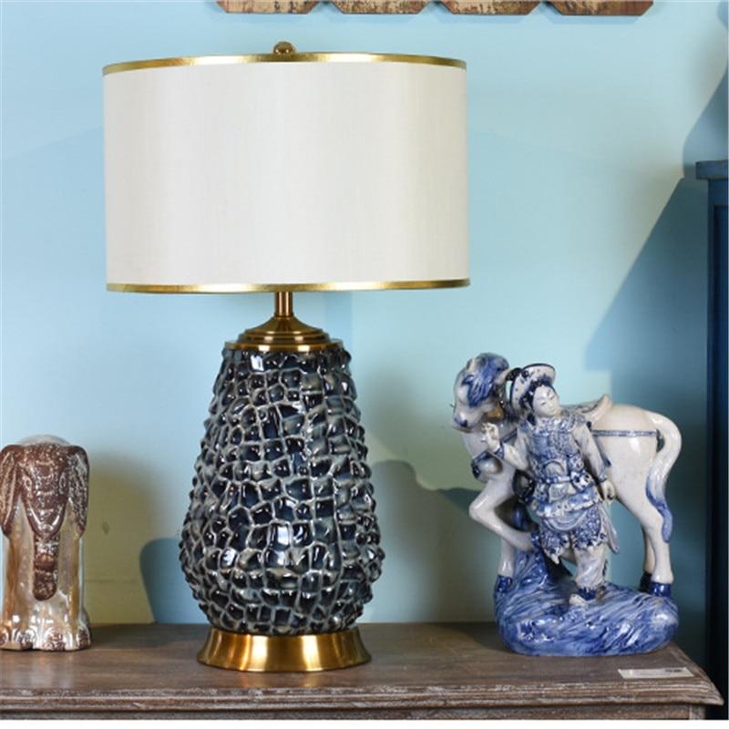 Işıklar ve Aydınlatma'ten Masa Lambaları'de Modern Amerikan Sanat Tarzı Siyah seramik masa lambası Yatak Odası Başucu Oturma Odası Fuaye çalışma masası Okuma Gece Lambası LD154 title=