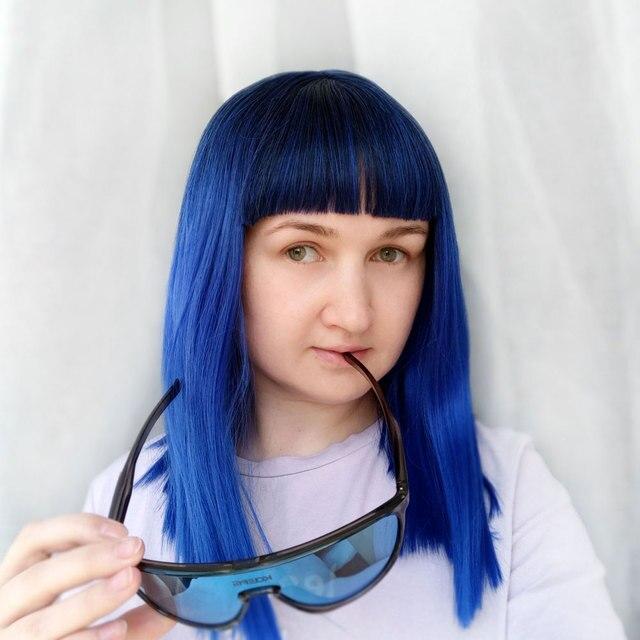 COSYCODE peluca sintética con flequillo para mujer, 16 pulgadas, 40 cm, recta, negra a azul, 2 tonos, sin encaje, disfraz de Cosplay, largo al hombro