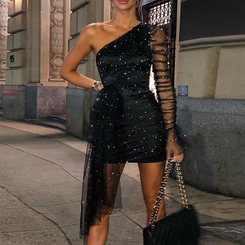 Schwarz Glänzende schulter Langarm Mini Bodycon Cocktail Kleider Kurze Robe Party kleid femme vestidos coctel 2019 semi