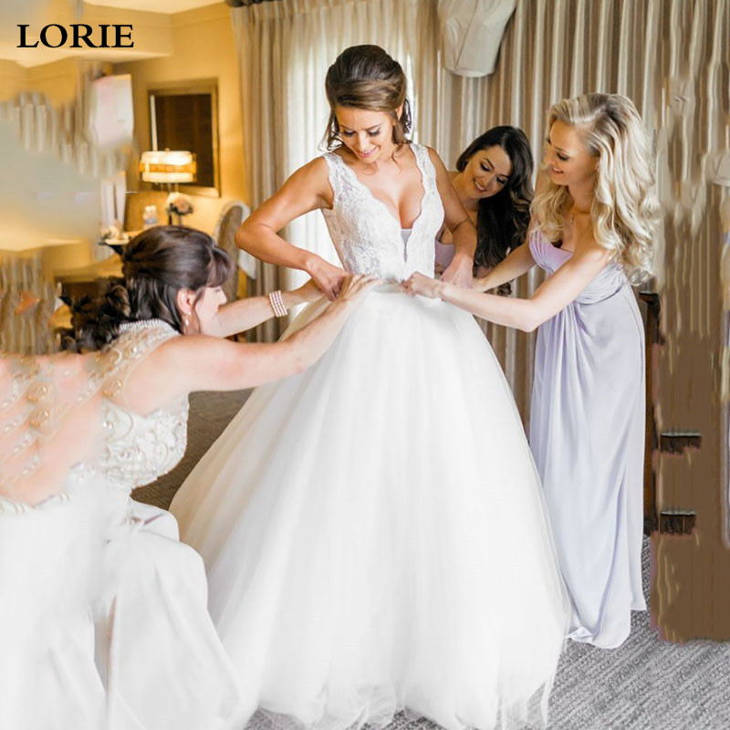 LORIE Princess Wedding Dress 2019 V Neck Appliqued Lace Puff Tulle Boho Wedding Bride Dresses With Crystal Sash