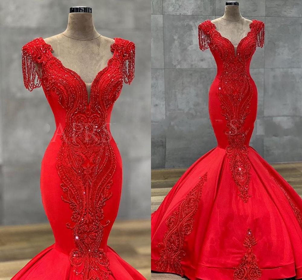Long Red Prom Dresses 2020 Stunning Mermaid V-neck Crystak Applique Arabic Dubai Women Satin Formal Evening Gowns robe de soriee