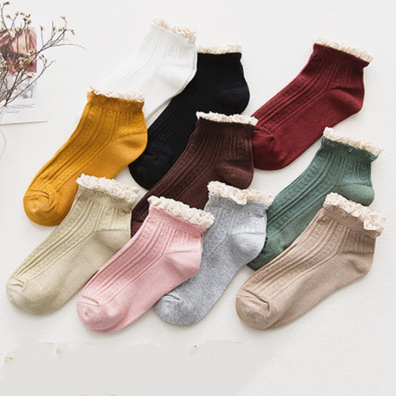 New High-grade Women Socks Fashion Lace Solid Color Socks Personality Harajuku Socks Art Cotton Short Funny Socks WT13