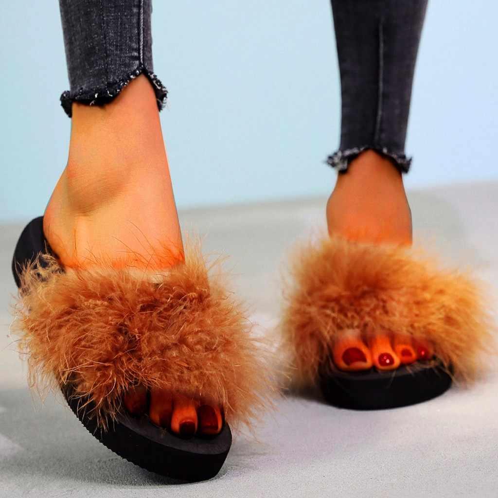 Moda plaj Med topuk kadın Slip-on açık Toe takozlar düz renkli terlik ayakkabı taklit kürk daireler üzerinde kayma kadın slaytlar rahat
