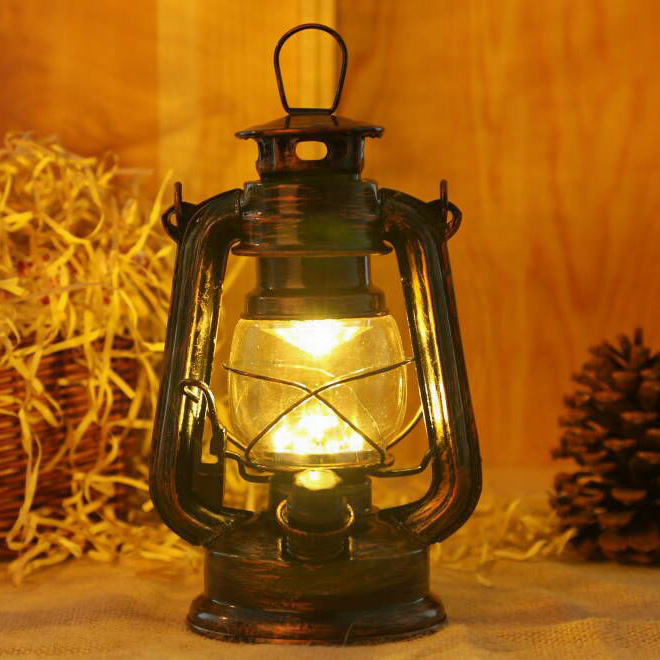 European Style Decoration Charging LED Lantern Kerosene Lamp Iron Art Retro Outdoor Lighting Emergency Camping Tent Light