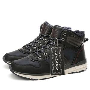 Image 4 - JUNJARM 2020 חדש גברים חם חורף קטיפה פרווה שלג מגפי גברים שרוכים גברים אופנוע מגפי בעבודת יד נעליים יומיומיות Botas mens נעליים