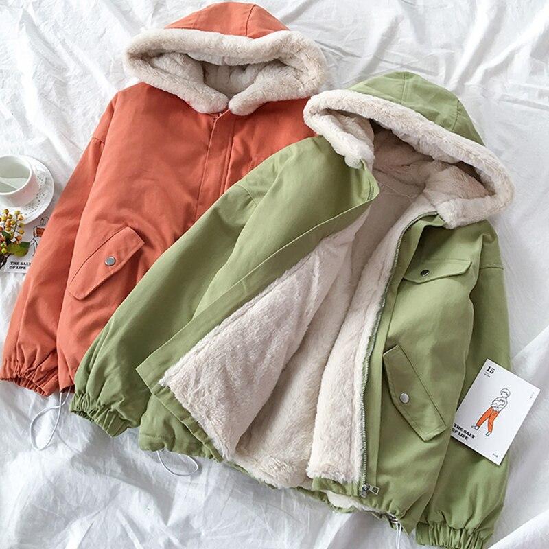 Women's Sheepskin Coat Winter Warm Women's Jackets Big Size Hooded Women's Parka New Cotton Padded Jackets Women Thick Outerwear
