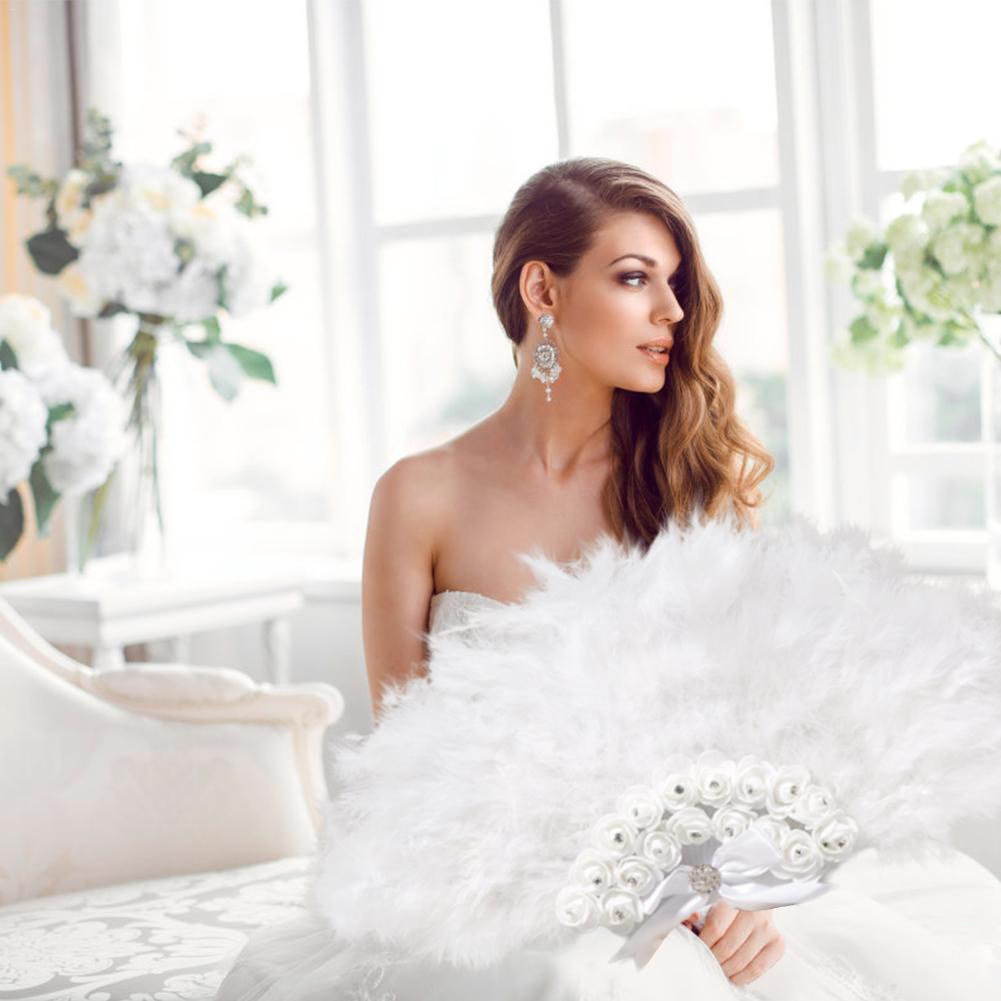 Factory Direct Sales White Ladies Folded Turkey Feather Hand Fan Wholesale Handmade Fans For Dance Wedding Decoration Hand Fan