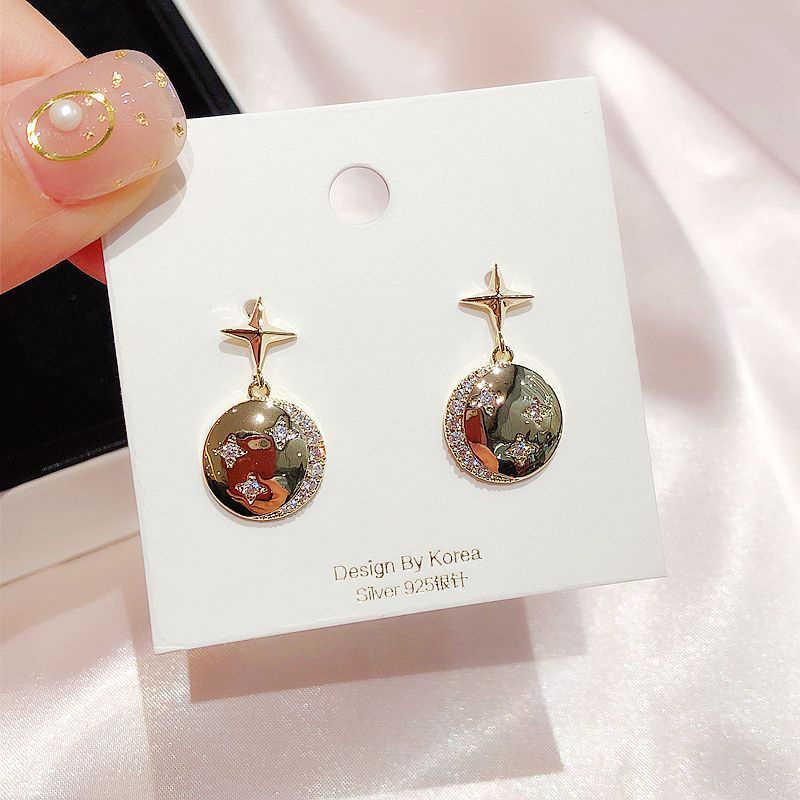 Exquise Micro pavé cubique zircone lune étoile boucles d'oreilles couleur or brillant rond boucles d'oreilles femmes bijoux