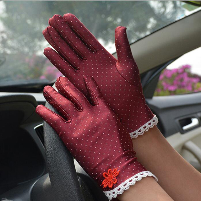 Women's Fashion Cotton Summer Gloves Lace Patchwork Gloves Anti-skid Sun Protection Driving Short Thin Gloves Dot Women Gloves 2
