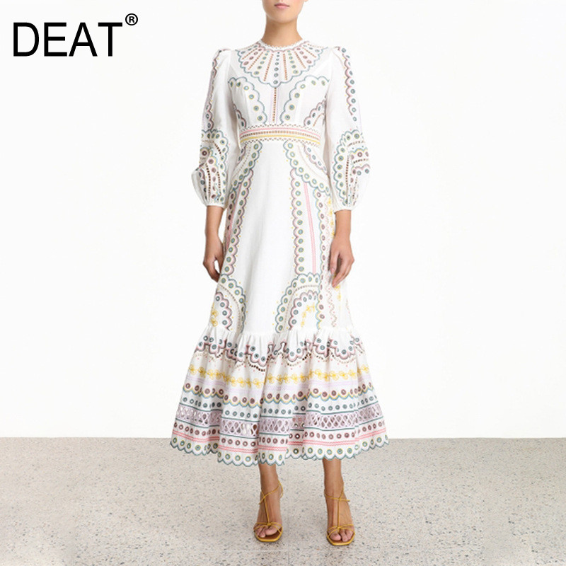 DEAT 2020 New Round Neck Lantern Sleeves Hollow Out Pullover High Waist Printed Vacation Dress Female Vestido WK26100L