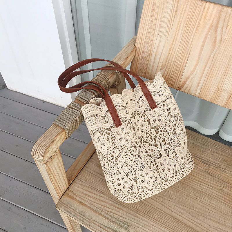 Lace Shoulder Bag 2