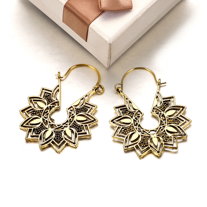 Hbb693010ac8c49a8b7b2d4495751bc32J - Tibetan Silver Color Color Carved Flower Vintage Ethnic Drop Dangle Earrings Retail Jewelry Jewellery Gift For Women
